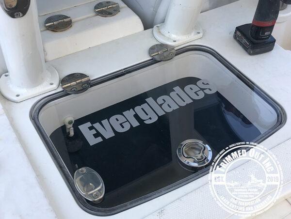 Everglades 350 Livewell Lid